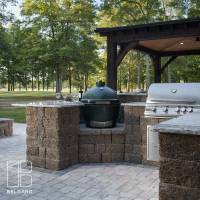 ADAMS_RES_BEL2016_Patio_OutdoorKitchen_Dublin_CountryManor_001.jpg